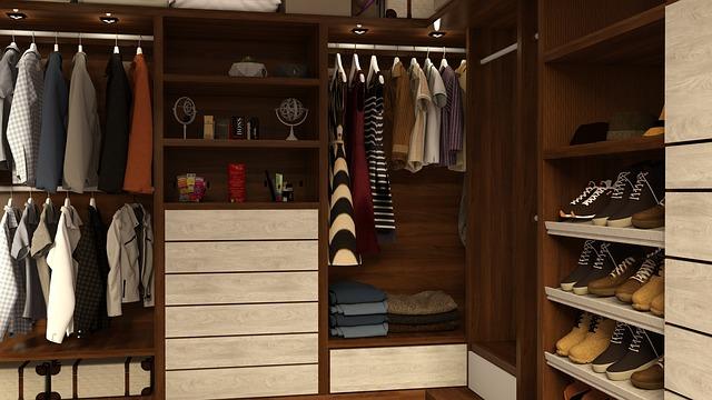 šatní skříň, šatna, oblečení