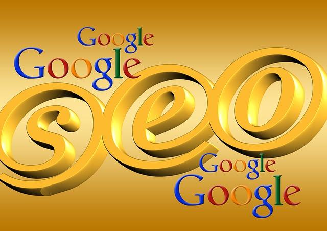 loga Google, na pozadí zlaté nápisy SEO